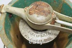 1923 Pat WHITE MOUNTAIN Hand Crank Ice Cream Maker Freezer 4 Quart Triple Motion