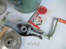 Alaska Homestead Freezer Vintage 2-Quart Wood/Metal Ice Cream Maker Hand Crank