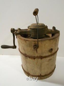 Antique Alaska One Quart Ice Cream Maker, All Original