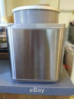CUISINART 2L ice cream maker / frozen yoghurt / sorbet ICE30BCU Nearly New