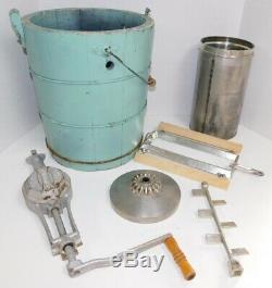 Rare Vintage Belknap Blue Grass 6 Qt Hand Crank Ice Cream Freezer Maker Machine
