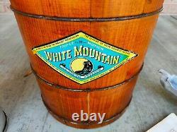 VTG White Mountain 6QT Ice Cream Maker Wood Hand Crank Great Cond Happy 4TH