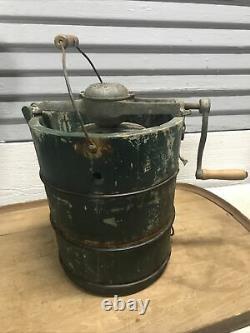 Vintage 1923 White Mountain Freezer 4 Quart Wooden Hand Crank Ice Cream Maker