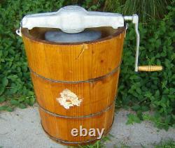 Vintage Huge White Mountain 8 Qt. Hand Crank Ice Cream Freezer/makermade In USA