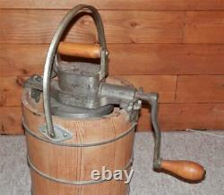 Vintage Reliance Husqvarna Sweden Hand-Crank Ice Cream Maker/Churner 2 QTS