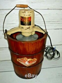 Vintage White Mountain 4 & 6e Electric Wooden Ice Cream Maker