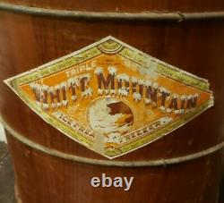 Vintage White Mountain Freezer 4 Quart Wooden Ice Cream Maker Complete