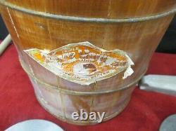 Vintage White Mountain Ice Cream Freezer Wooden Hand Crank Ice Cream Maker