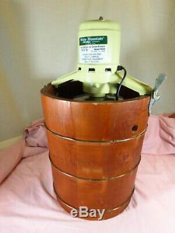 WORKS Vtg White Mountain 4 Quart Electric Ice Cream Maker Freezer Model F69204 ^