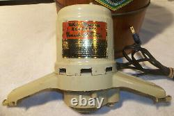 White Mountain 4 Qt. Electric Ice Cream Maker Freezer Gently Used EXCELLENT