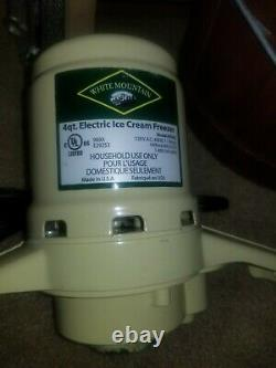 White Mountain 69204 Electric Ice Cream Maker Freezer 4 QT Excellent Condition