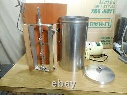 White Mountain 69206 Electric Ice Cream Maker Freezer 6 Quart Gently Used