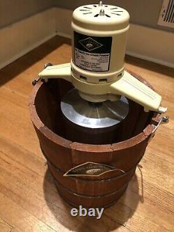 White Mountain Ice Cream Maker/Churn 6 Quart