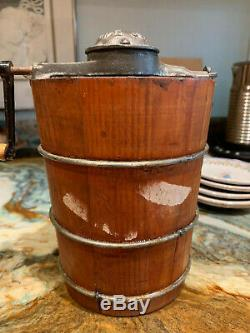 White Mountain Junior Ice Cream Churn original antique Pint size churn